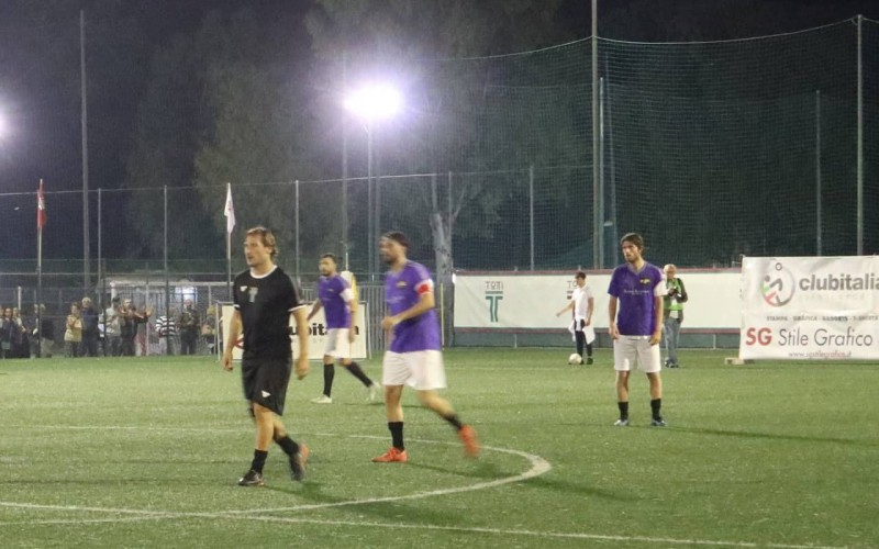 È la serata dello scudetto della Lega Calcio a 8. Chi tra Roma e Lazio si cucirà il tricolore sul petto?