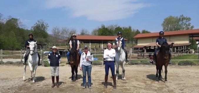Equitazione: grazie alla collaborazione con la scuola iberica, 5 cavalieri sono diventati istruttori