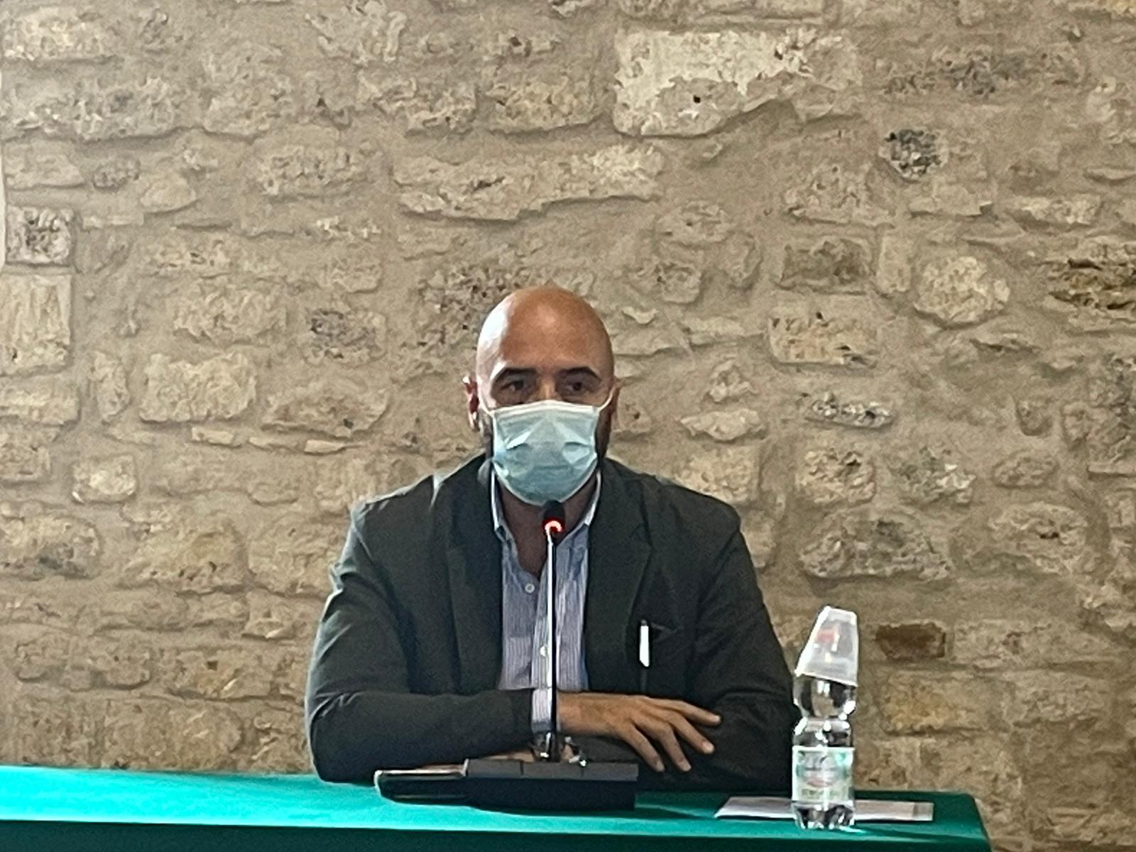 Il Segretario generale di OPES, Juri Morico, durante il suo intervento alla conferenza stampa di presentazione dei due progetti di Servizio Civile